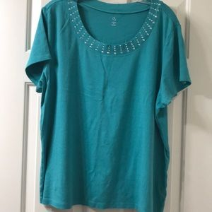 Women's top with sequin color green